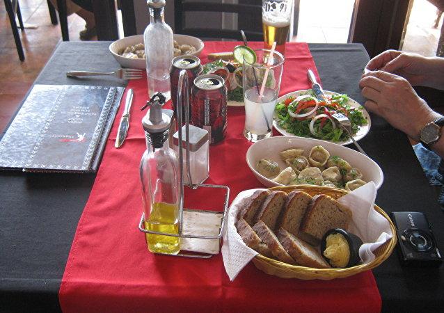 Le restaurant soviétique Nazdarovié à La Havane