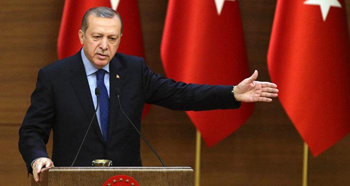 Adieu à l'UE: Erdogan menace Bruxelles