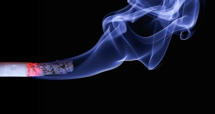 Une cigarette