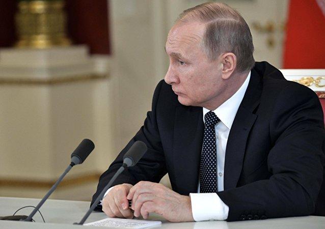 Poutine de nouveau parmi les personnes les plus influentes du monde