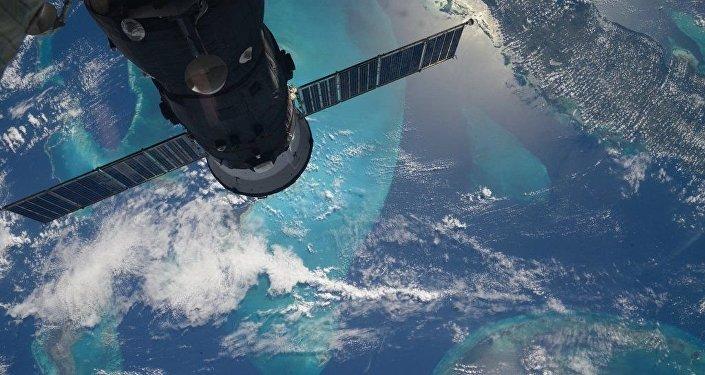 La Russie a signé un contrat sur l'expédition des touristes sur la ISS