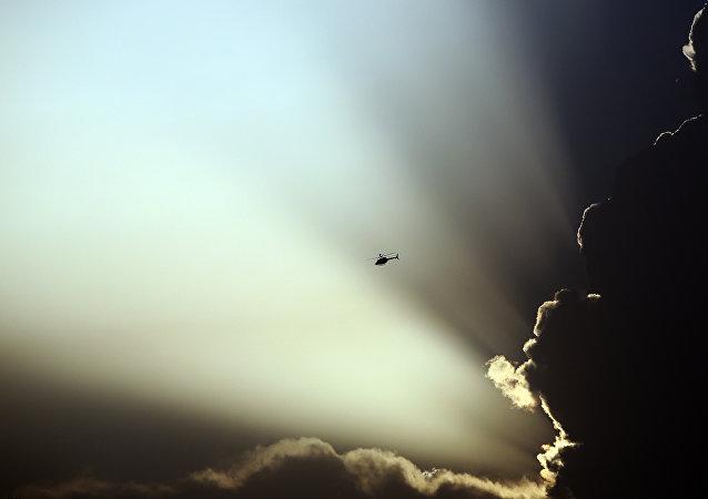 Hélicoptère US dans le ciel