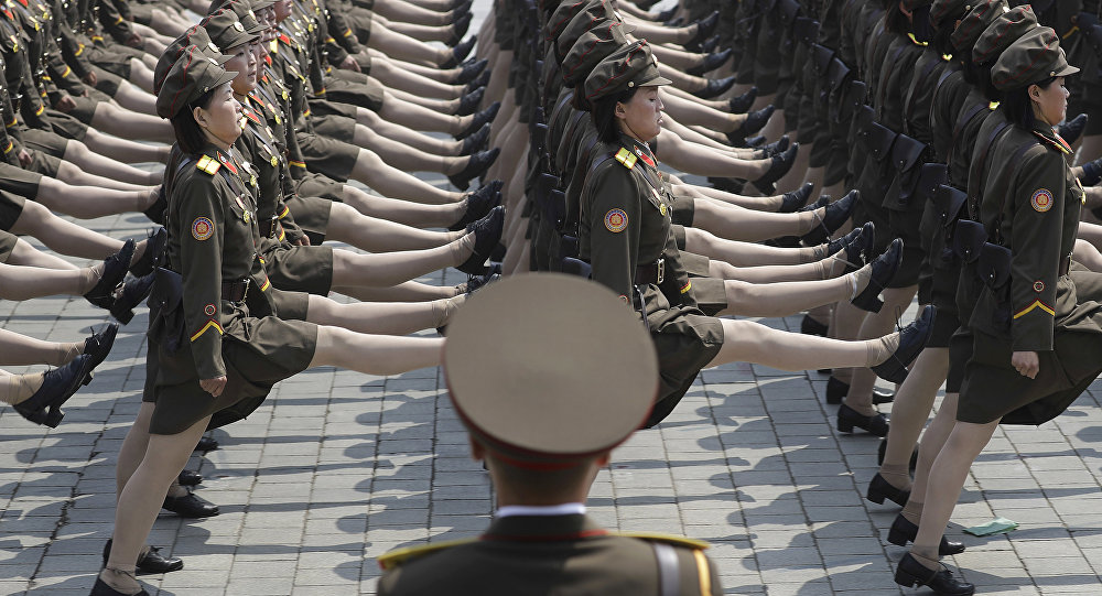 Le défilé à Pyongyang, le 15 avril