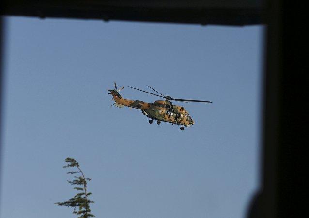 hélicoptère policier