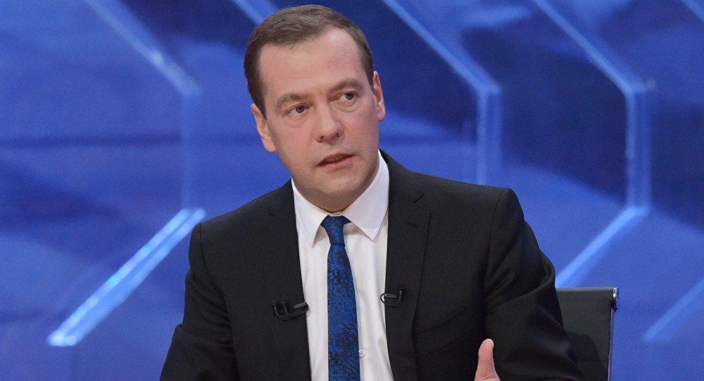 Medvedev: les USA veulent «enterrer» le gazoduc Nord Stream 2