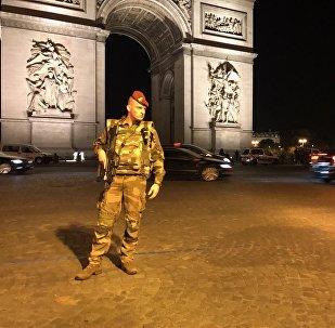 Attentat sur les Champs-Élysées