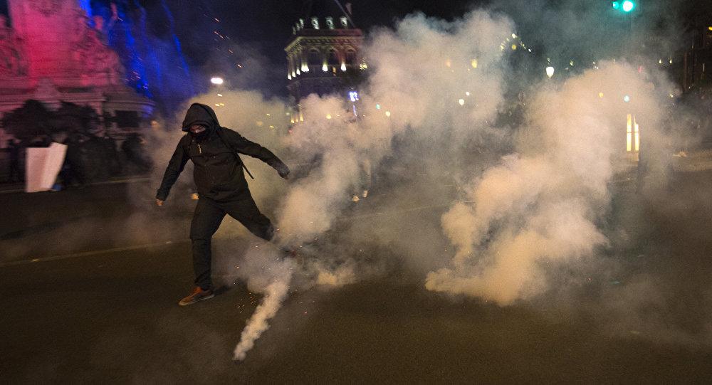 heurts entre des manifestants