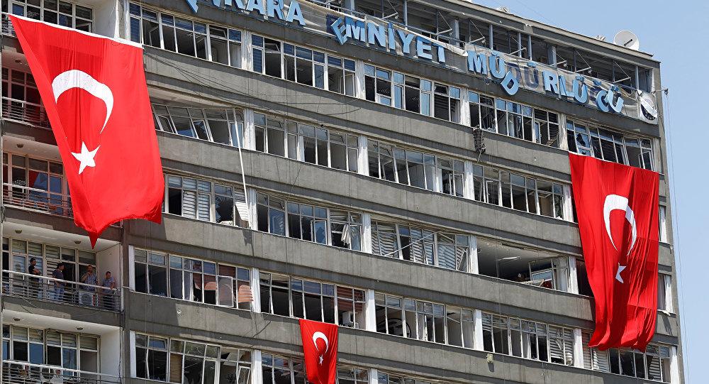 Éducation à la turque: le coup d'État raté joué dans une maternelle