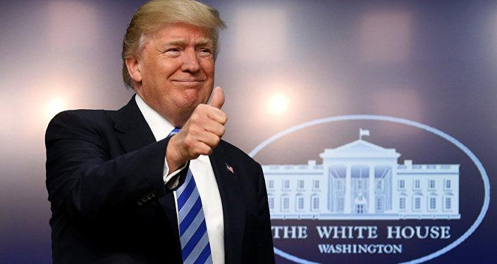Fier de sa politique extérieure, Donald Trump pointe du doigt Barack Obama
