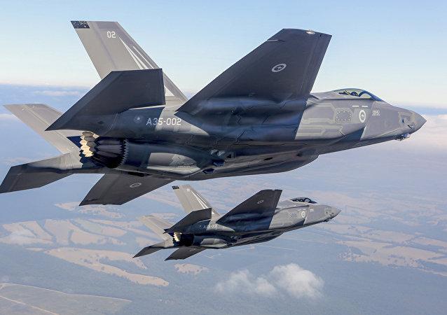 Deux F-35