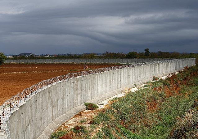 Le mur à la frontière turco-syrienne