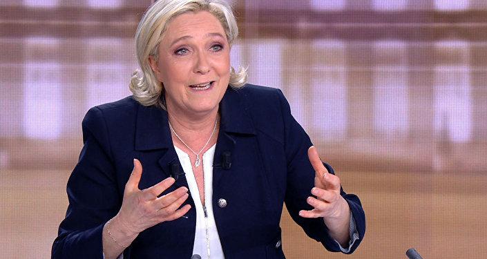 Le Pen: «J'ai le monopole de la protection du peuple»