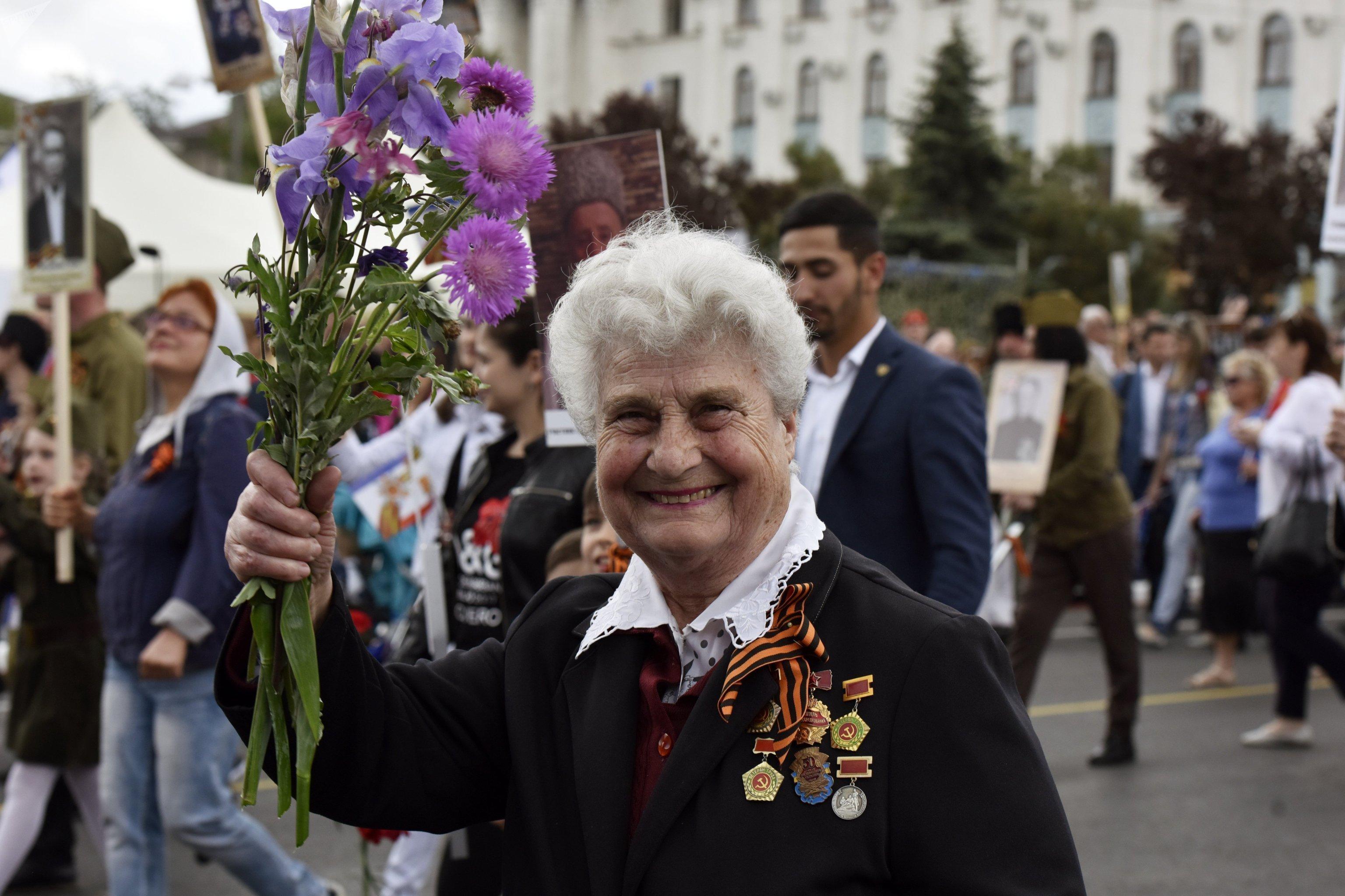 Célébration du Jour de la Victoire à Simféropol
