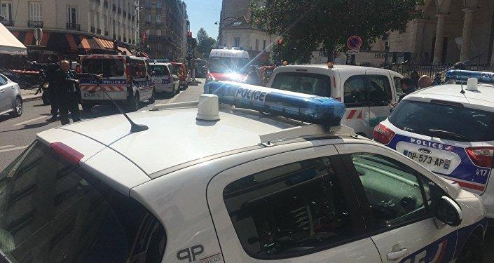 Paris: un homme se retranche dans son appartement, la BRI est sur les lieux