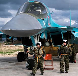 Des pilotes russes à Hmeimim, en Syrie