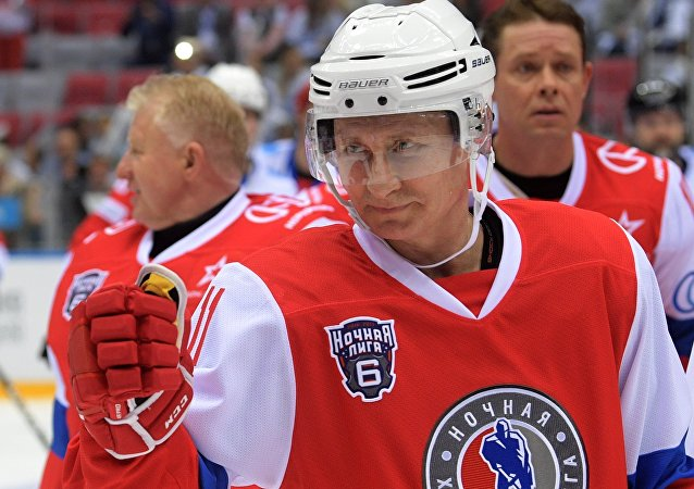 Vladimir Poutine s'apprêtait à faire un petit match de hockey