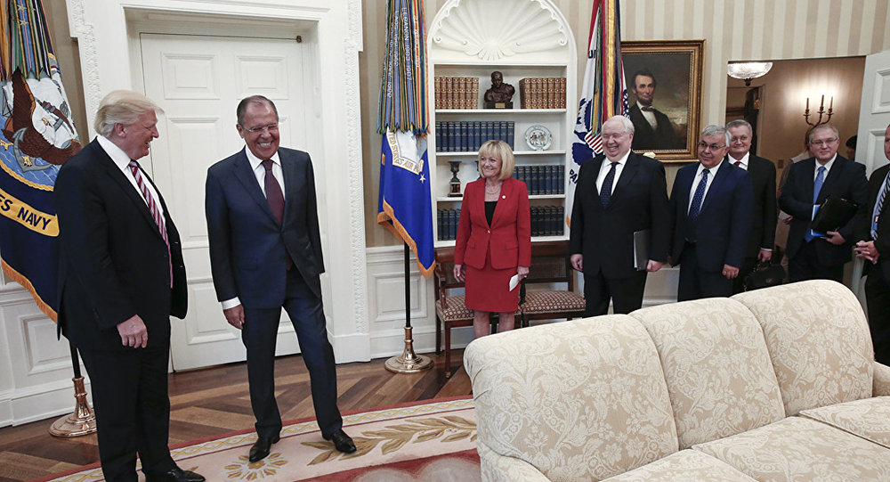 Une rencontre entre le président américain Donald Trupm et le ministre russe des Affaires étrangères Sergueï Lavrov