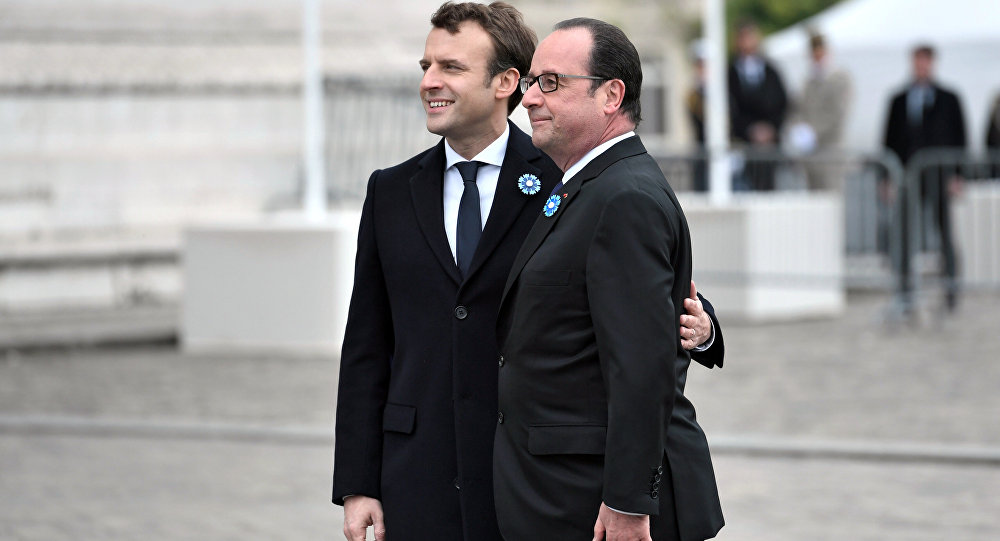 Emmanuel Macron et François Hollande, image d'illustration