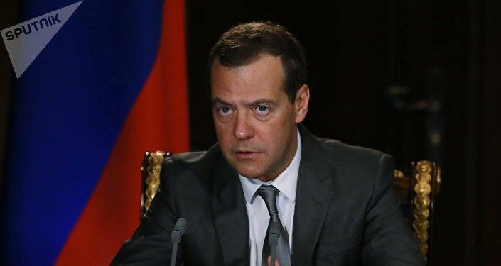 Le Premier ministre russe Dimitri Medvedev