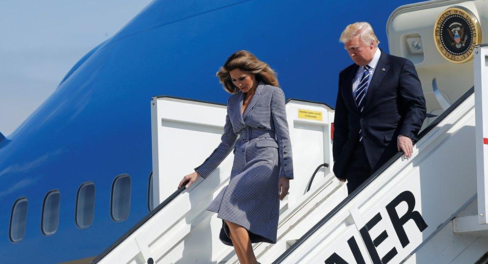 Donald Trump et son épouse Melania à l'aéroport de Bruxelles