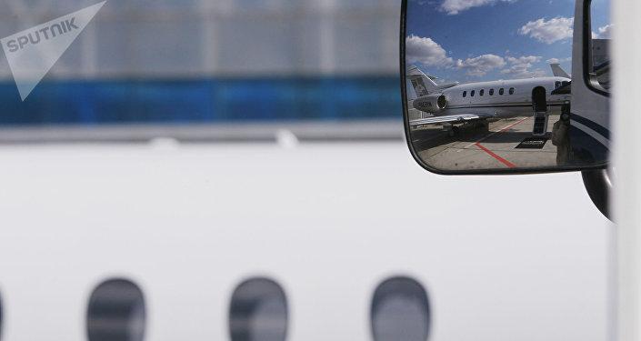 Allemagne: les passagers remarquent une brèche dans la carlingue de l'avion
