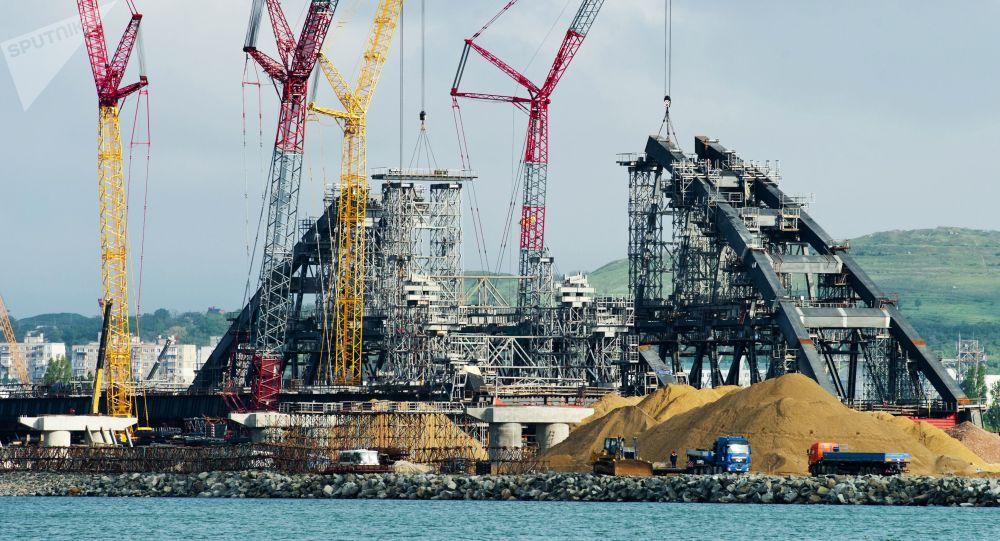 Construction du pont de Crimée