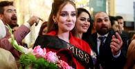 La lauréate et les participantes au concours de beauté Miss Irak 2017