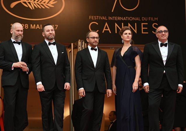 L'équipe du film Nelyubov au festival de Cannes