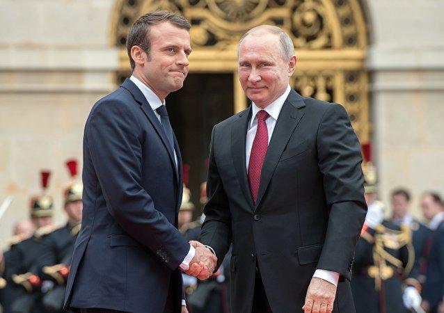 Macron sur les armes chimiques en Syrie: on a obtenu des  «résultats concrets» avec Moscou