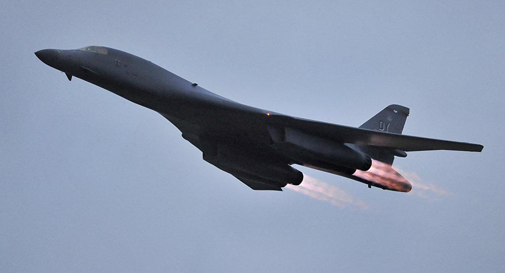 Démonstration de force de l'aviation américaine près de la frontière — Corée