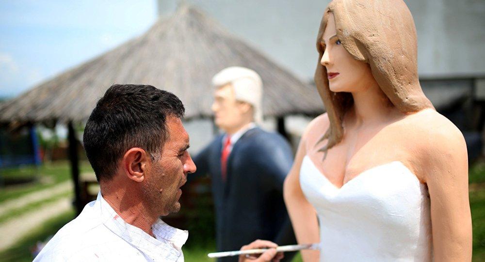 Chose promise, chose due: une statue de Melania Trump en Bosnie-Herzégovine