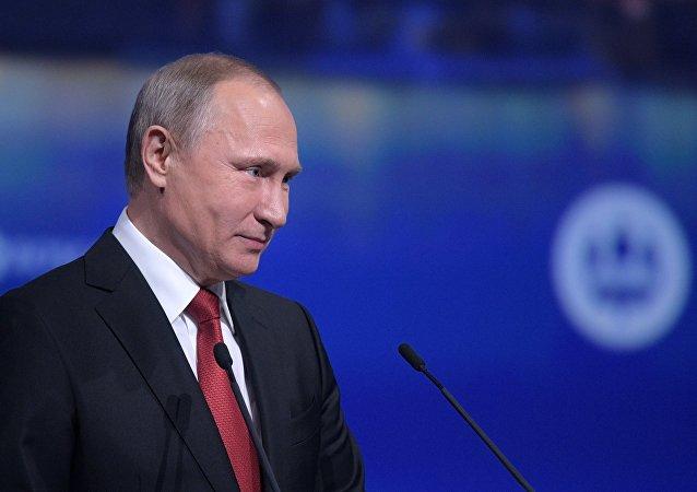 Poutine: je ne crie jamais sur les gens