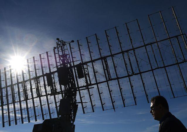 Le radar multibandes Nebo-M