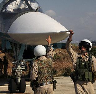 Pilotes russes à l'aéroport militaire de Hmeimim