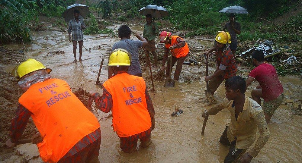 57 victimes dans des glissements de terrain et des pluies torrentielles au Bangladesh