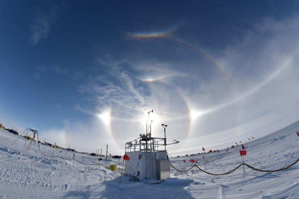 Base antarctique AWARE