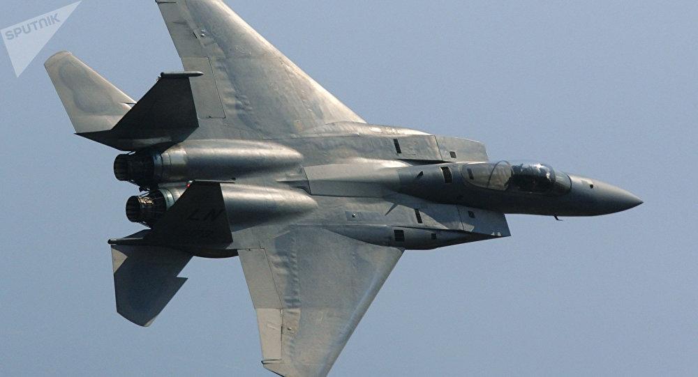 Un F-15 américain