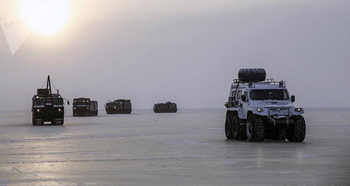 Exercices militaires en Arctique