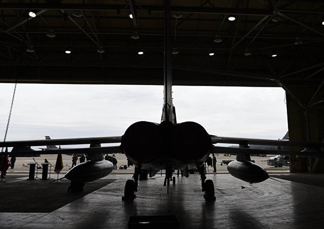 Un avion allemand Tornado dans un hangar sur la base aérienne à Incirlik, en Turquie, le 21 janvier 2016
