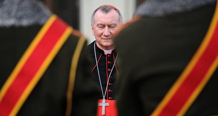 Voyage stratégique en Russie pour le numéro 2 du Pape