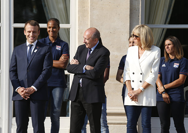 Emmanuel Macron, Brigitte Macron et le ministre de l'Intérieur Gérard Collomb
