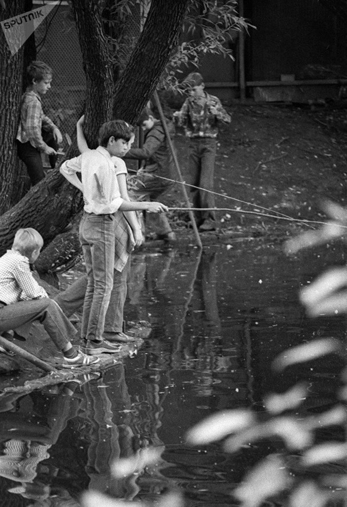 Une partie de pêche au Parc Gorki