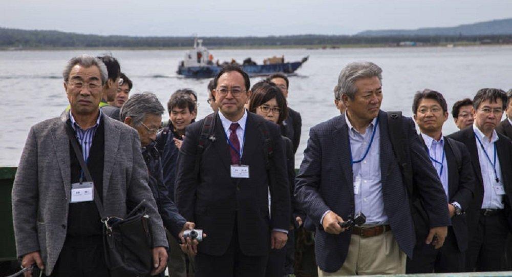 Une mission d'affaires japonaise visite les Kouriles pour la première fois