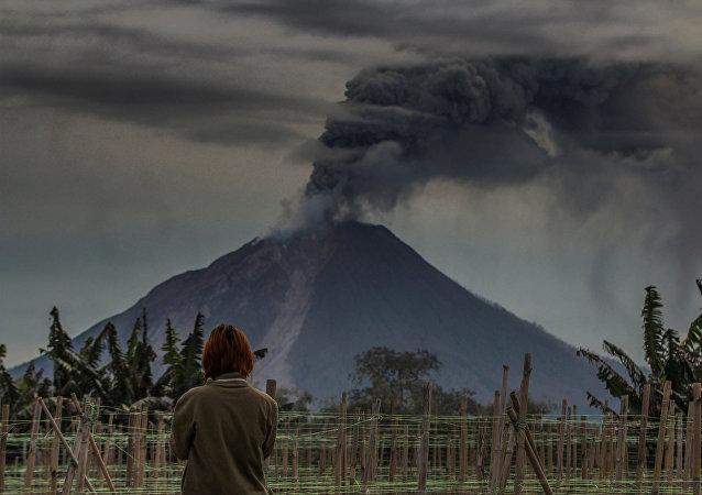 Un volcan indonésien