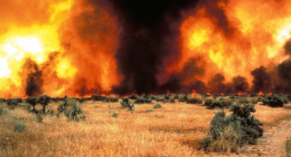 VIDÉO | Deux tornades de feu filmées par des pompiers en Angleterre
