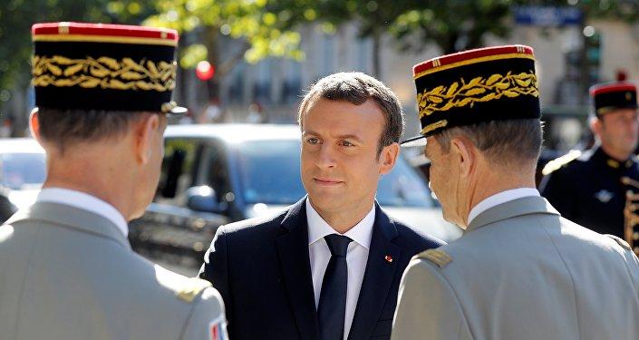 Renseignement, logistique, les dépendances des armées françaises en Afrique 1032265004