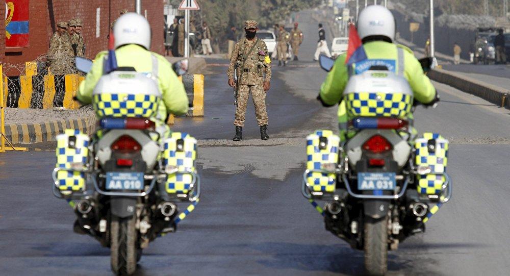 Au moins 15 morts dans une explosion à Lahore — Pakistan