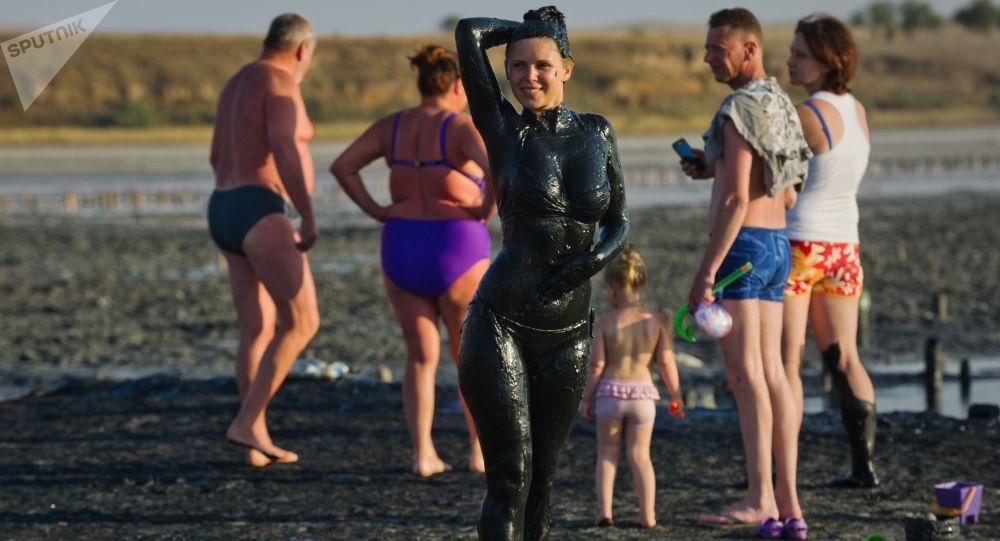 Le lac Tchokrak: les boues thérapeutique en Crimée
