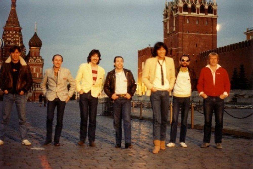 Yann Benoist et Space à Moscou après le spectacle, 1983
