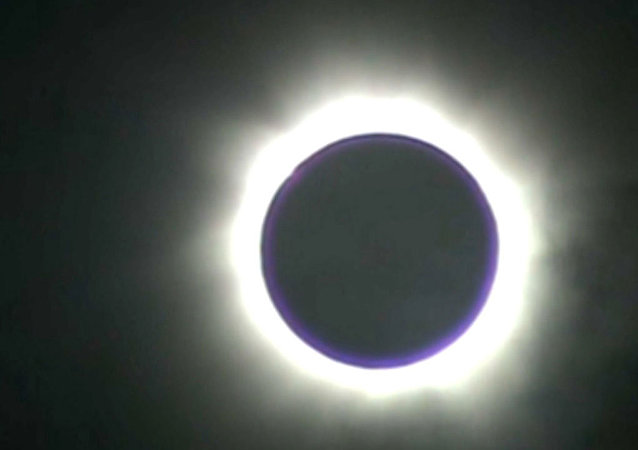 Eclipse solaire totale filmée par des chercheurs de Sibérie